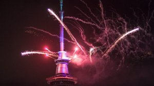 Auckland sets the tone with a bang, 5mins of fireworks from the sky tower.